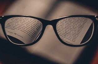 glasses-1246611__340.jpg